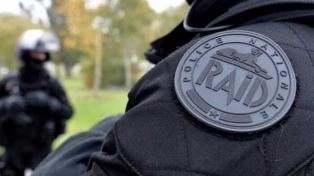 """Miles de policías protestaban en París en una """"marcha de la rabia"""""""
