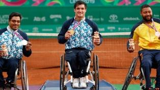 Gustavo Fernández se consagró tricampeón en el tenis adaptado