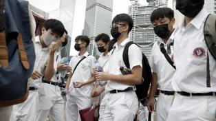 Estudiantes de China continental fueron evacuados de una universidad