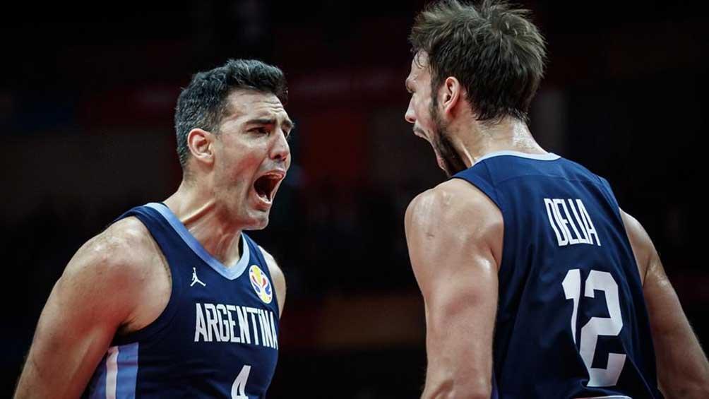 Argentina supera a Venezuela al término de la primera mitad