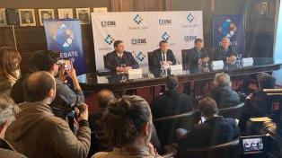 Los seis candidatos presidenciales afirman que cumplirán con los debates electorales