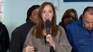 """Vidal se reunió con organizaciones comunitarias y dijo que seguirá """"recorriendo"""" la provincia"""