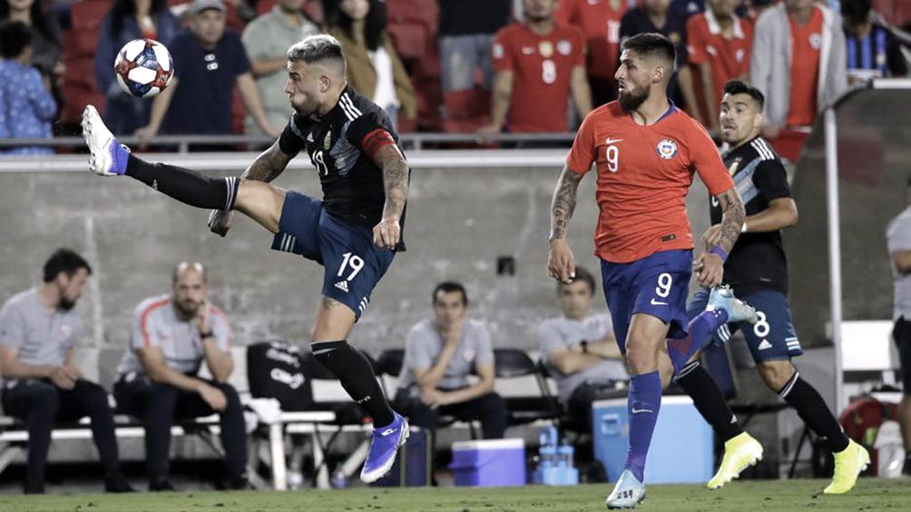 Argentina empató sin goles con Chile