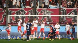 Lanús goleó a Argentinos y pasó a cuartos de final