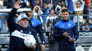 Maradona tendrá el domingo su segundo partido como DT en el Bosque