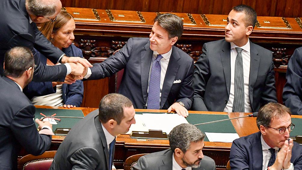 Renzi confirmó que seguirá apoyando al gobierno de Conte