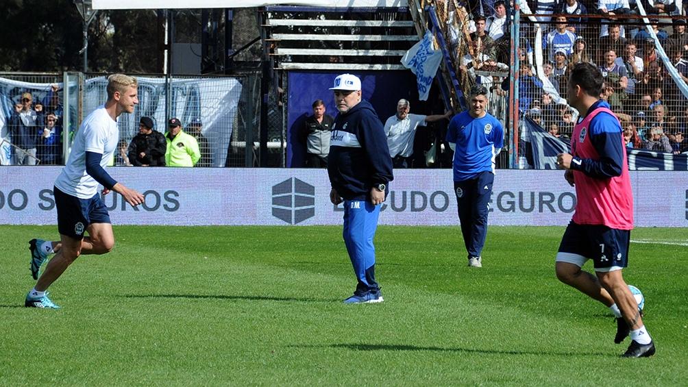 """""""Lo que genera Maradona es increíble, no deja de sorprenderme"""", asegura Gallardo."""