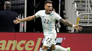 Argentina goleó a México con tres goles de Lautaro Martínez