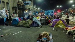 """El Frente Piquetero podría acampar 72 horas """"si no hay avances"""" con el Gobierno"""