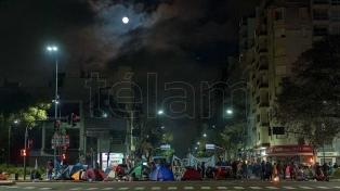 """Belliboni consideró que campamento en la 9 de Julio """"visibilizó el hambre en el país"""""""
