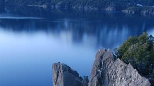 """Reforzarán """"el monitoreo"""" de la ladera que puede generar un tsunami en Lago Traful"""