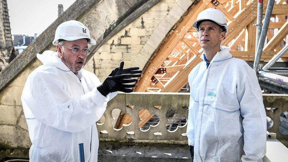 El arquitecto Philippe Villeneuve está a cargo de la reconstrucción.
