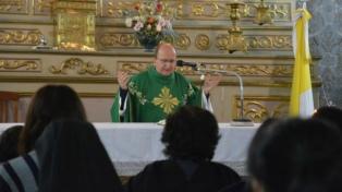 """El arzobispo de Salta dijo que """"los pobres no son una molestia, son una oportunidad"""""""