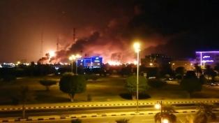 Riad restableció el suministro de crudo tras los ataques a su mayor refinería