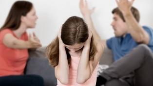 La mitad de los menores de 18 años víctimas de violencia familiar cohabitan con sus agresores