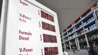 Los precios de las naftas y el gasoil aumentaron 4%