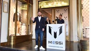 Lionel Messi irrumpe en el mundo de la moda enloqueciendo a sus fans