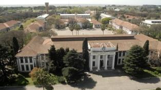 El Gobierno fijó la nueva sede en edificio en la ex ESMA, bautizado Raúl Alfonsín