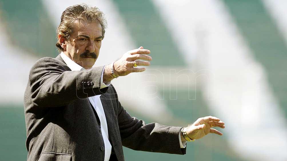 Ricardo La Volpe criticó a Alfaro tras la derrota ante River