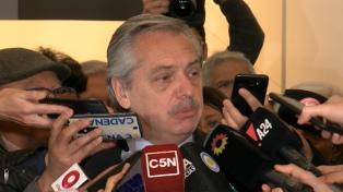 """Fernández pidió al Partido Justicialista """"no desunirse"""""""