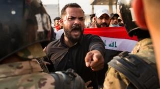 Toque de queda tras los 21 muertos en protestas antigubernamentales
