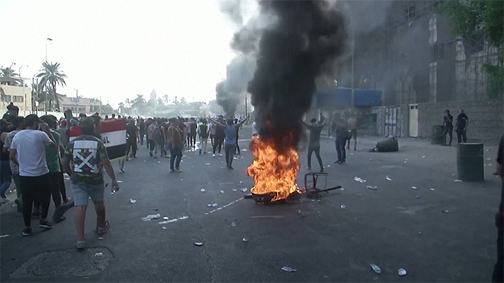 Continúa la represión por las protestas y suman 340 los muertos desde octubre