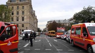 El asesinato de los cuatro policías será investigado como un acto terrorista