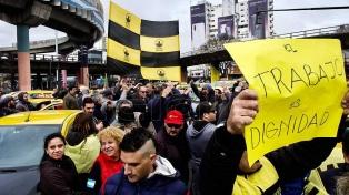 Con asambleas simultáneas, taxistas protestaron contra Uber y Cabify