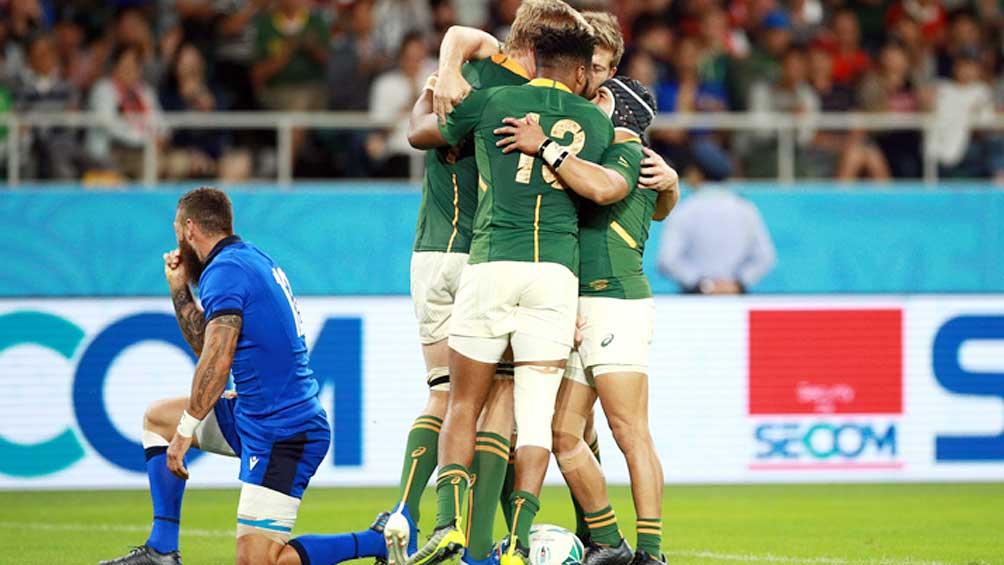 Sudáfrica goleó a Italia y dio un gran paso hacia la clasificación