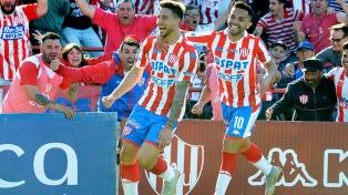 Unión de Santa Fe recibe a Atlético Mineiro por la primera fase