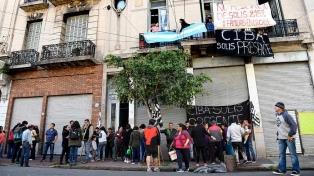 Suspenden el desalojo de 30 familias en un hotel de Constitución