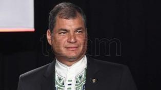 """El triunfo de Fernández es un """"vendaval de esperanza"""", dijo Rafael Correa"""