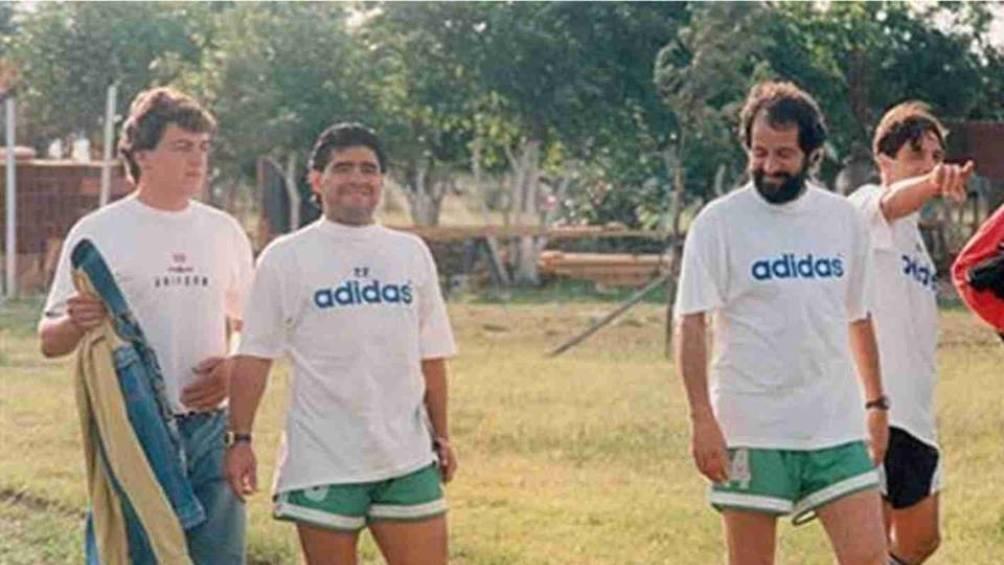 Maradona y Carlos Fren, cuando eran los técnicos de Deportivo Mandiyú.