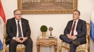 Llaman al embajador uruguayo por la huida de tres acusados de secuestro