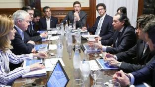 """Senado: Sica explicó el alcance de medidas que enviará el Gobierno para el """"desarrollo productivo"""""""