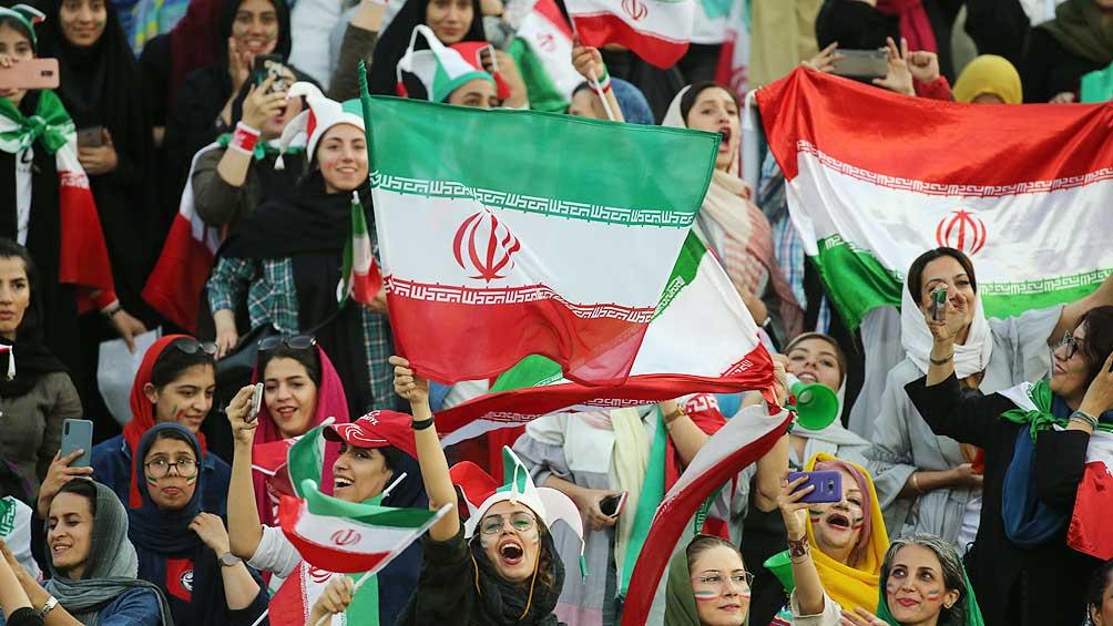 Las mujeres iraníes pudieron ir a la cancha por primera vez en 40 años