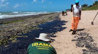 Un funcionario relacionó a Greenpeace con un derrame de petróleo en el nordeste