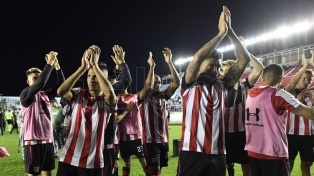 Estudiantes de la Plata avanzó a cuartos de final
