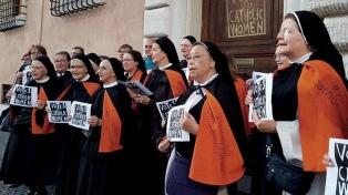 Renuevan el pedido para establecer el voto femenino en el documento final