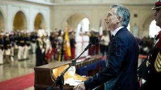 """""""El Colegio Militar nos enorgullece"""", dijo Macri en el acto por 150 aniversario de la institución"""