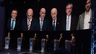 Macri y Fernández dominaron el debate con acusaciones mutuas