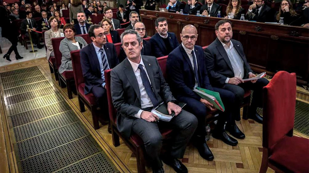 El fallo judicial que condena a secesionistas catalanes divide la Nación