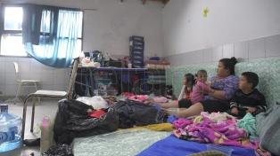 El agua baja, pero aún quedan 3.000 evacuados en La Matanza y Esteban Echeverría