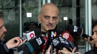 Se reanuda la despedida a Cacho Castaña en la Legislatura porteña