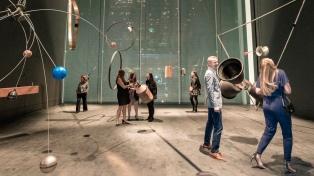 Renovado y con obras de argentinos, reabre el Museo de Arte Moderno de Nueva York