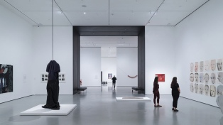 """Elizabeth Diller, la """"arquitecta que transformó Manhattan"""", y renovó el MOMA"""