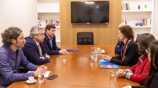 """Alberto Fernández resaltó la """"pobreza en aumento"""" con la representante de Unicef Argentina"""
