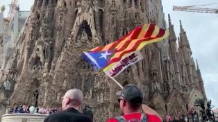 Los independentistas desbordan Barcelona con una manifestación pacífica