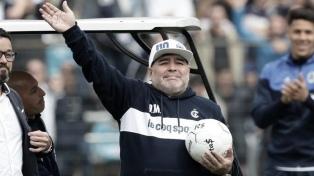 Gimnasia, con Maradona, concentra en el predio de AFA de cara al clásico