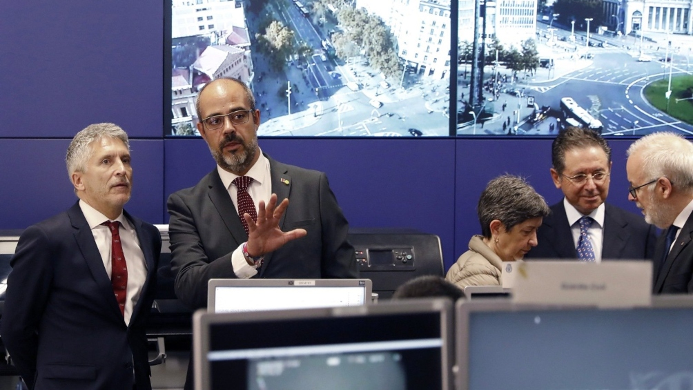 Ministro del Interior español, ante la violencia en Cataluña:
